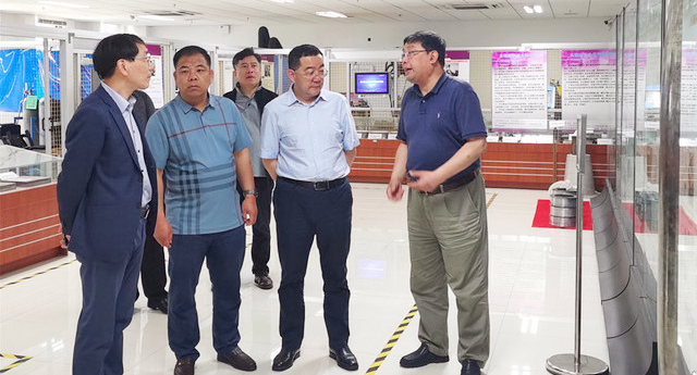 青海省海西州副州长姜军一行来校调研交流